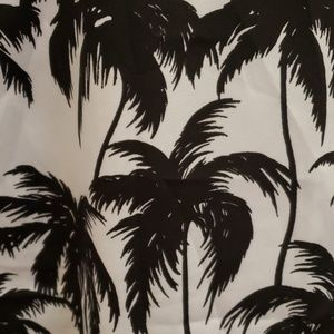 Vince Camuto Tops - Vince Camuto palm tree sleeveless blouse 1X